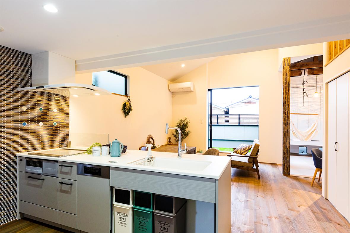 ご夫婦のこだわりたいポイントを見事に調和したおしゃれな空間を実現したお家です!